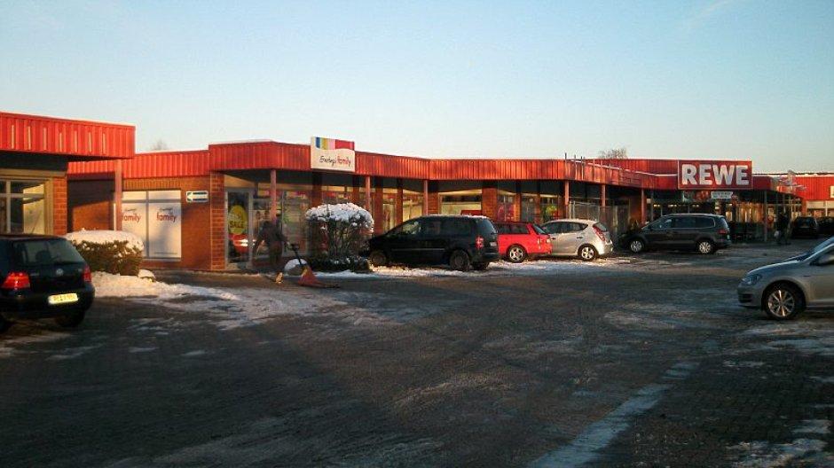 Rewe – Hauptmarkt und Getränkemarkt unter einem Dach - Vechelde ...